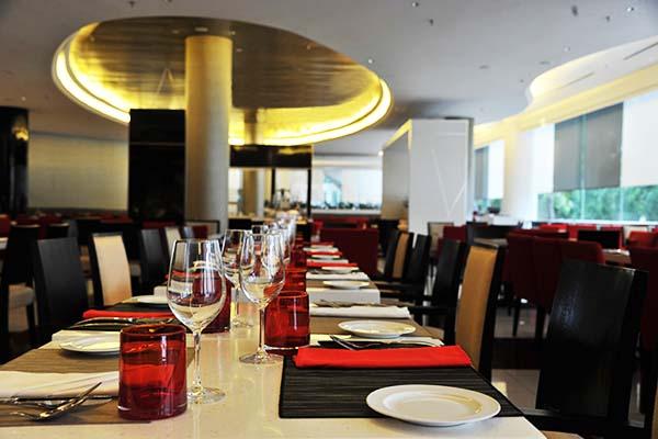 5 Best 5-Star Hotel Buffet Dinner in Kuala Lumpur_LINK
