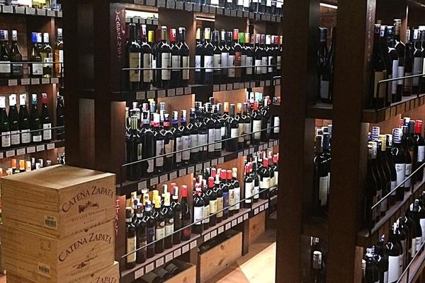 Top 5 Best Wines Places_Vintry