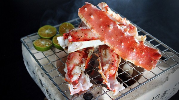 Click here to view Charcoal Grilled Alaskan King Crab