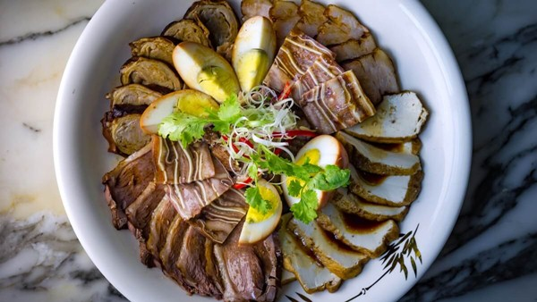 Click to view Braised Goose Fillets at Pak Loh Chiu Chow