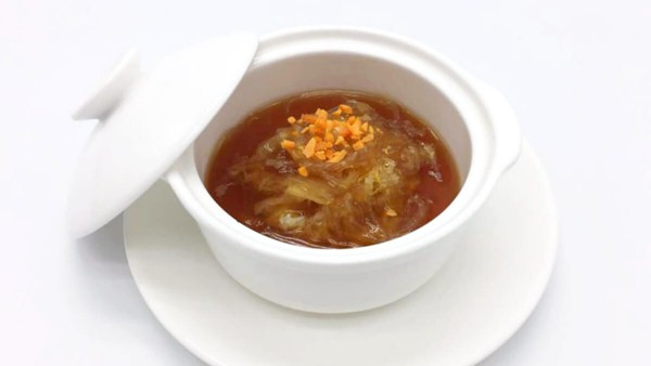 Click here to view Shark Fin In Clear Superior Soup at Royal Canton