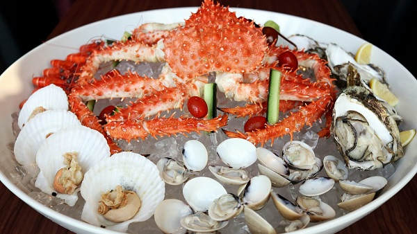 Click here to view King Crab Platter at EGG - 8 Gourmets Gala