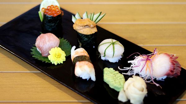 Click Here To View Premium Sushi Balls at Yamaguchi Fish Market