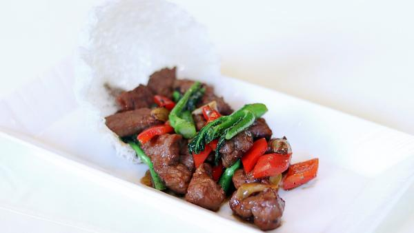 Click Here To View Free Wok-Fried Beef Tenderloin Cube with Jade Kai Lan