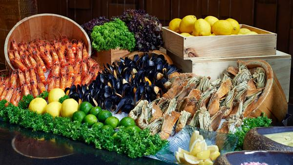 Click Here To View Free International Buffet at Essense