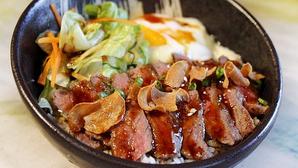 Click here to view Truffled Wagyu Donburi at Izakaya by Sango