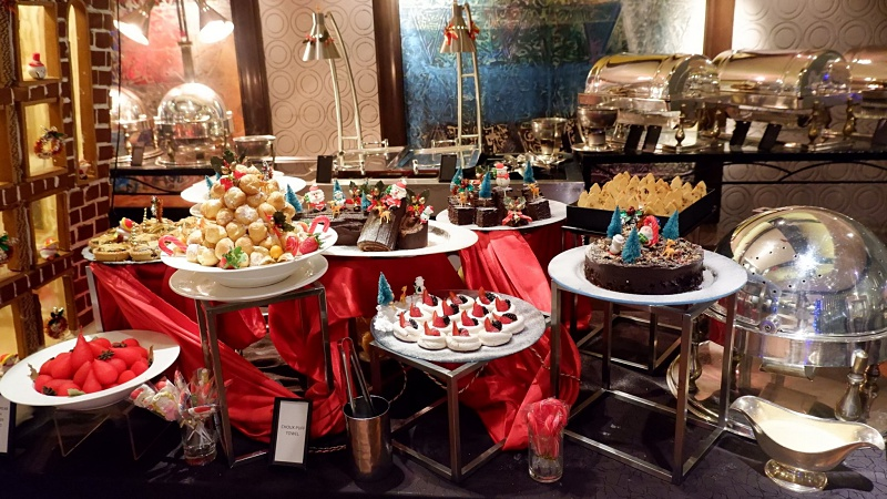 View Christmas Buffet at Vasco's at Paya Serai Restaurant @ Hilton Petaling Jaya