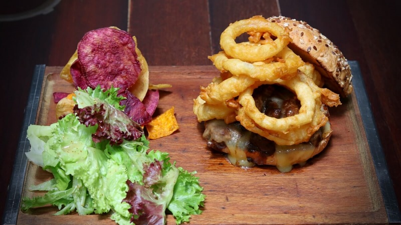 Revel In Top 3 Favorite Burgers at The Daily Grind