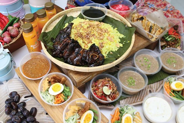 Ramadan Takeaway and Delivery at Nook @ Aloft KL Sentral