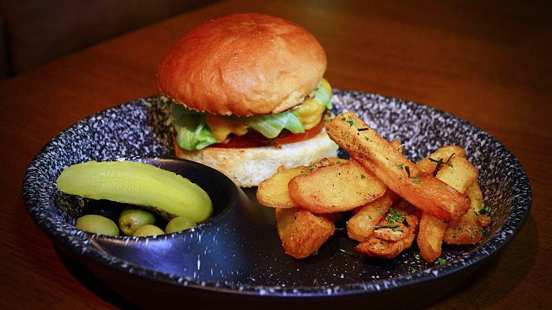 View Cheeseburger at B_G_R