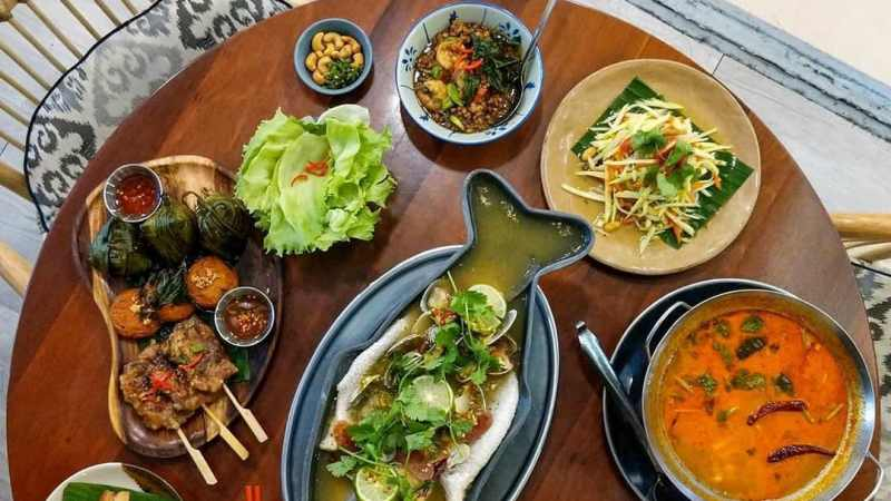 View Top Places for Group Dining - Thai Hou Sek Mid Valley